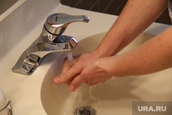 Открытая лицензия от 16.08.2016, кран, вода, гигиена, мытье рук, вирус, инфекция, болезнь, микробы