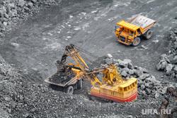 Качканар. Подрыв горной породы на Северном карьере. КГОК, экскаватор, добыча руды, белаз, самосвал