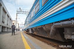 День Свердловской железной дороги в Законодательном Собрании. Екатеринбург, охранник, поезд, вагон, жд платформа