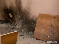 В здании мировых судей после взрыва 5 микрорайон д 1 А Курган 05.11.2013г, последствия взрыва гранаты