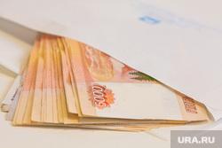 Клипарт , взятка, зарплата, купюры, пять тысяч, конверт, деньги