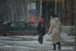 Снег и ветер. Нижневартовск, снегопад