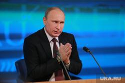 Подробно. Пресс-конференция с участием президента РФ Владимира Путина. Москва, путин владимир, молится