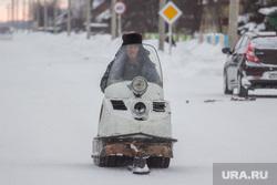 Село Нялинское. Ханты-Мансийский район, снегоход, буран
