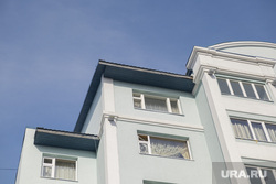 Альпинист сорвался с крыши в Салехарде