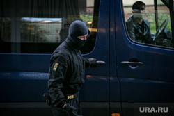 """Обыск в """"Ренова"""". Москва, фсб, силовики, маски-шоу"""