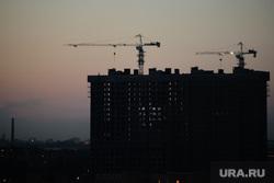 Вид с крыши на ночной город. Екатеринбург, закат, вечер, стройка, ночь