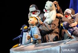 Новогодняя ёлка главы города. Сургут, кукольный театр