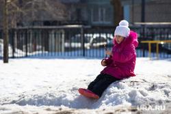 Школа и дети. Нижневартовск., зима, ребенок, снег
