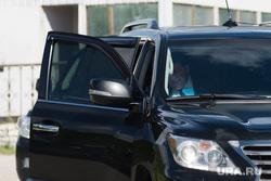 Рабочая поездка губернатора СО в Каменск-Уральский. Свердловская область, куйвашев евгений, машина