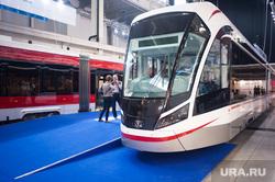 Обход павильонов МВЦ накануне первого дня работы ИННОПРОМа. Екатеринбург, иннопром, низкопольный трамвай, выставка