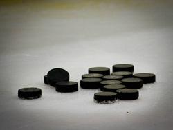 Открытая лицензия 09.06.2015. Хоккей., шайба, хоккей