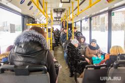 Автовокзал. Поселок Излучинск. Нижневартовский район., пассажиры, проезд, общественный транспорт