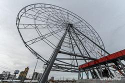 Строительство колеса обозрения КРК Мегаполис Челябинск, мегаполис, колесо обозрения, стройка