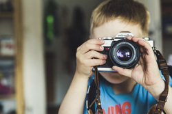 Открытая лицензия от 04.08.2016 , фотоаппарат, ребенок, объектив, дети