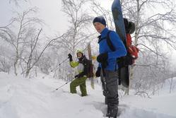 Российский сноубордист попал под снежную лавину сегодня