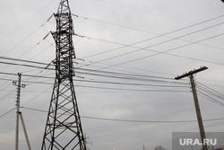 Шумиха энергоскандал, столбы, электросети, провода