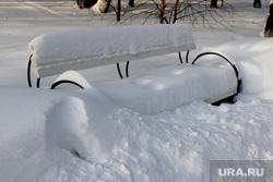 Городской сад зима. Курган., зима, скамейка в снегу