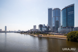 Жизнь Екатеринбурга в жару, город екатеринбург, центральный городской пруд