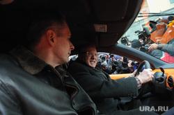 Вручение Ё-мобиля В.В.Жириновскому. Москва, жириновский владимир