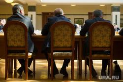 Игорь Левитин на заседании в резиденции губернатора СО. Екатеринбург, чиновники, совещание, заседание