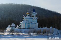 Рабочая поездка губернатора Дубровского в Ашу. Челябинск, церковь