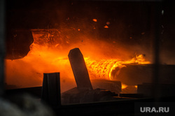 Северский трубный завод. Полевской, металлургия, раскаленный металл, рабочий процесс, заготовка, трубопрокатный цех