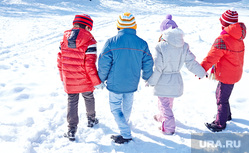 Дети зимой, проститутки, суицид, самоубийство, рейтинг, опросы, пытки, садизм, снег, дети зимой, зимняя прогулка