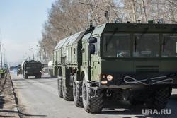 Первая репетиция юбилейного Парада Победы в Екатеринбурге на 2-ой Новосибирской, военная техника, ракетный комплекс, искандер