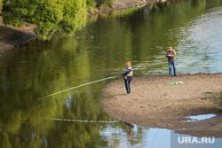 Клипарт. Екатеринбург, рыбаки, река исеть, хобби