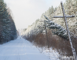 Дорога на поселок Серебрянка под Нижним Тагилом, природа урала