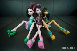 Клипарт. Екатеринбург, куклы, детские игрушки, девочки, проститутки, шлюхи, разврат