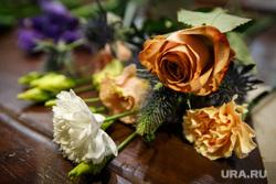 Анна Калугина и букет на 8 марта от «Зеленой улицы». Екатеринбург, букет, цветы