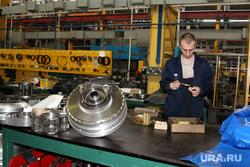 Курганский машиностроительный завод  (КМЗ) , детали, кмз, цех завода, рабочий