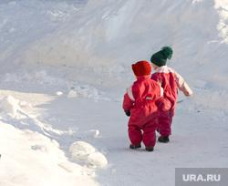 Клипарт depositphotos.com, снег, зима, дети зимой, зимняя прогулка