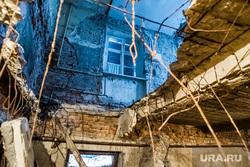 Аварийный дом на Максима Горького, 99. Тюмень