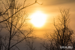 Деревня Ярки, зимник. Ханты-Мансийский район, солнце, закат, север