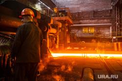 Нижнесалдинский металлургический завод. Нижняя Салда, цех, металлургия, промышленное предприятие, раскаленный металл, рабочие в цехе, нижнесалдинский металлургический завод, нсмз