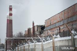 Обрушенная кровля в цехе № 42 на заводе имени Калинина. Екатеринбург, завод, зик, завод имени калинина, обрушенная кровля, цех№42
