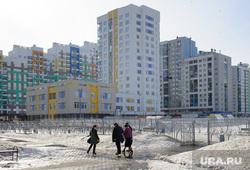 Общественные слушания по проекту застройки 3 и 4 квартала микрорайона Академический. Екатеринбург, двор, академический район, снег в городе