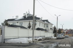 Дом Юревича где проводит обыск ФСБ и СК. Тарасовка. Челябинск, дом юревича