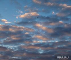Утро в Екатеринбурге. Рассветное небо и метро, утро, недостроенная телевышка, рассвет екатеринбург, рассветное небо, заброшенная телебашня