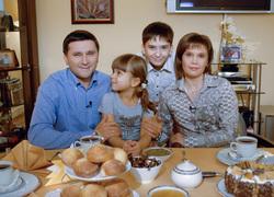 Дмитрий Кобылкин, семья губернатора Ямала, кобылкин дмитрий, семья, чаепитие