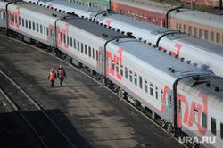 Клипарт. Москва, поезд, железнодорожный состав, хождение по путям, электропоезд, ржд, железнодорожник, железная дорога