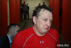 Марат Башаров после хоккейного матча со сборной правительства Свердловской области. Екатеринбург