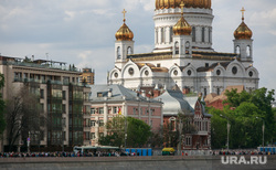Вокруг очереди к Храму Христа Спасителя. Москва, храм христа спасителя, хсс, пречистенская набережная, москва-река