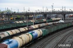 Железнодорожная станция, горка и вокзал. РЖД. Челябинск, цистерна, грузовой поезд, железнодорожный узел