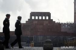 Административные здания Москвы. Иллюстрации. Антон Белицкий , почетный караул, ленин, мавзолей