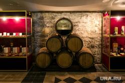 Завод марочных вин. Массандра, Ялта, музей, массандра, бочки