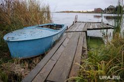 Дача Андрея Заленского в Касли, Челябинская область, лодка, касли, природа урала, водохранилище, каслинский пруд, мостки, осень